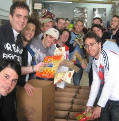 Become a Yad Eliezer Volunteer in Israel!