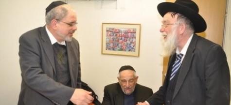 Rabbis Schonfeld Of Yikgh Visit Yad Eliezer