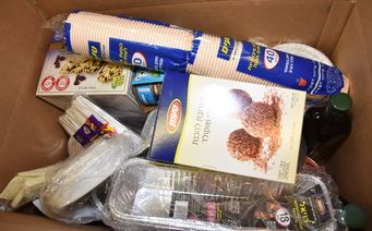 pesach food box