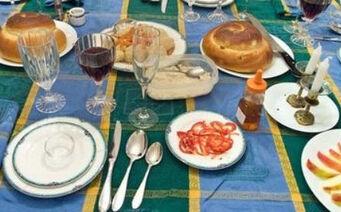 High holidays table
